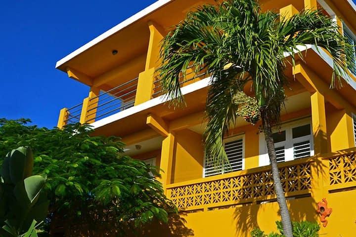 Villa Patria - Flamboyan
