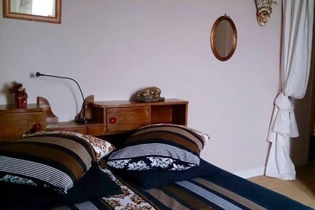 Chambre dans jolie maison d 39 h te logement entier houses - Chambre d hote saint laurent d aigouze ...