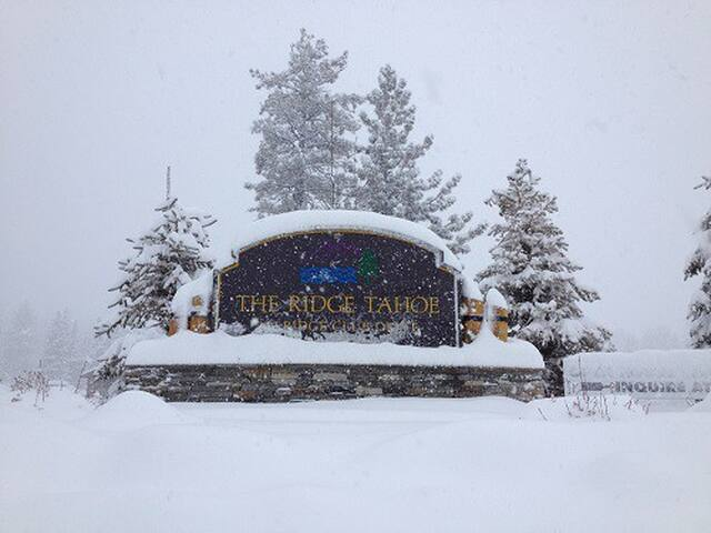 Ski Heavenly Ridge Tahoe Resort 2BR Luxury Suite - Stateline - Condominium