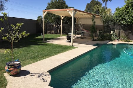 Luxury Golf Resort Community/Pool - House