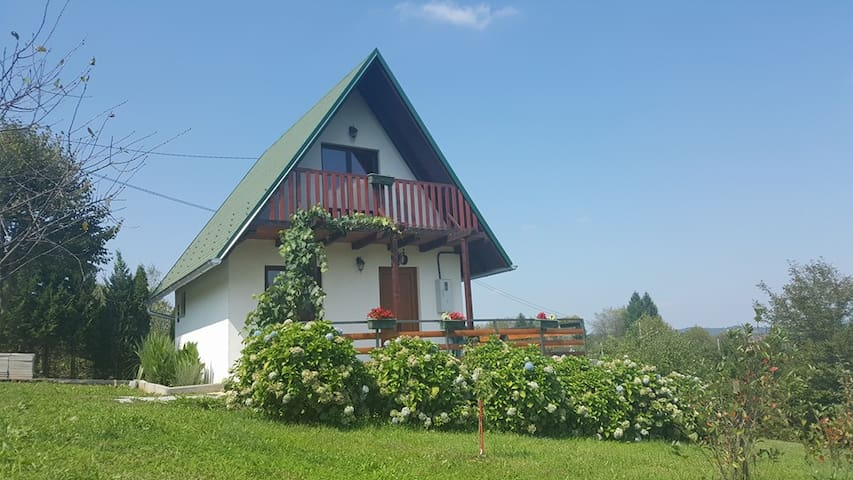 "Rustically House ""Klen""-Mreznicka idila - Galović Selo - House"