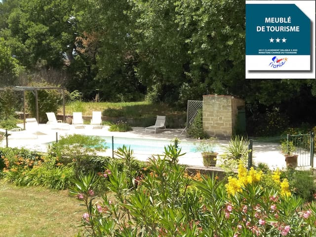 PontDuGard • Villa • 10 Personen • Pool •XXLGarten