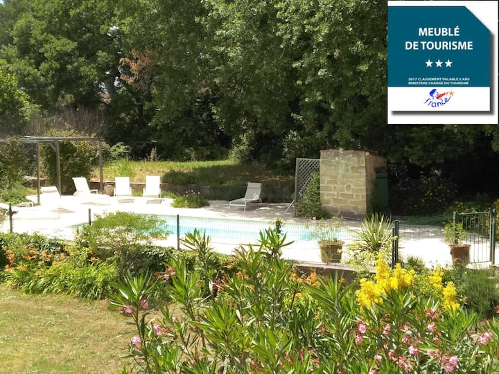 PontDuGard • Villa • Pool • XXL Garden • Sleeps 10
