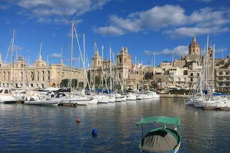Cosy House of Character in Senglea (Three Cities) - Senglea