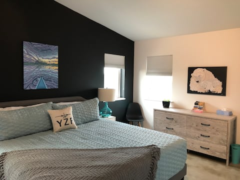 The Good Place - Private Apartment in Niven Area