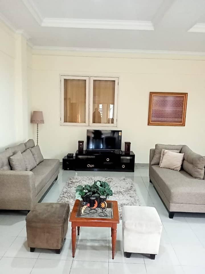 Cozy house-2nd floor, 6 bedrooms, near margonda,