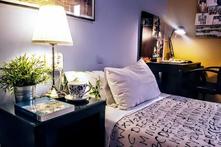 *R204*Comfortable & beautiful room with breakfast