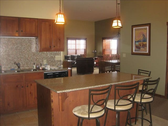 Soaring Eagle Lodge 3bdrm - Snowshoe
