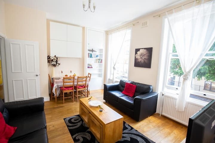 Bright Spacious 2 bedroom Apartment in Holloway