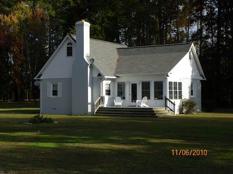 Summerfield Guest Cottage