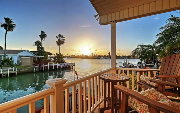 2BR Port Isabel Cottage w/Waterway Views! - Port Isabel - Outros