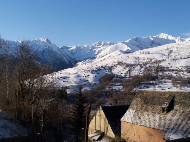Maison de montagne à 1200 m, vue exceptionnelle - Poubeau - House