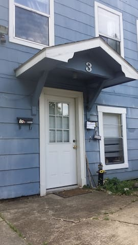 Cozy one bedroom apartment near downtown - Fayetteville - Appartement