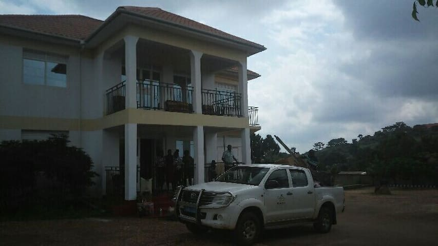Mukobe Homestay Facility: a Home for Loyal + Noble