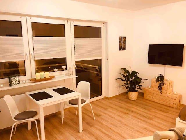 Cozy, clean & modern apart. Jungbusch/Jungle-Style