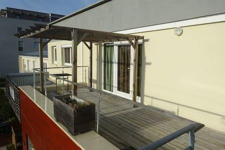 Appartement lumineux à Caen - Daire