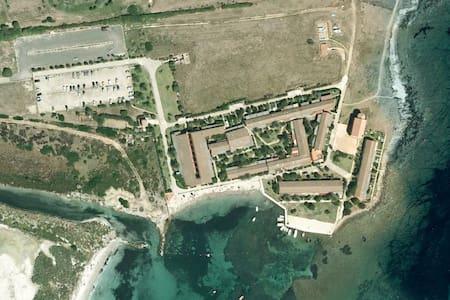Deliziosa villetta sul mare in villaggio privato - Stintino