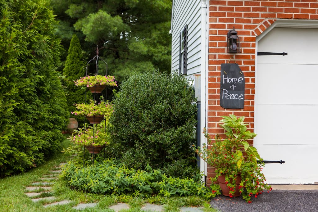Home of Peace in a quiet suburban neighborhood, close to park with walking paths and stream