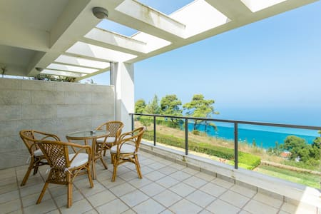 Summer house with amazing sea view - Posidi - Casa