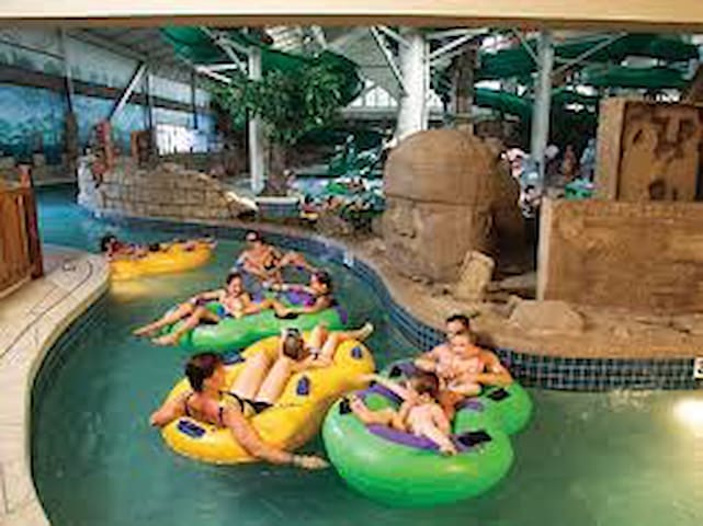 Free daily access to indoor/outdoor water park
