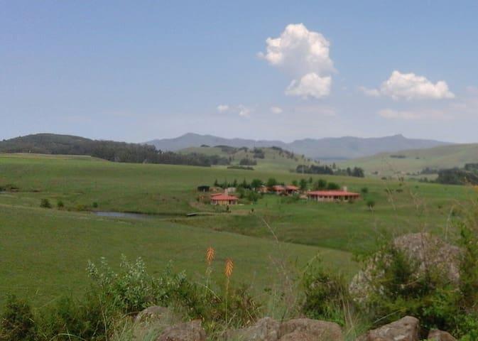 Hamstead Farm Cottage and Homestead