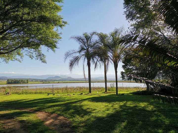 Drakensberg Bush Lodge & Backpack - Guest House