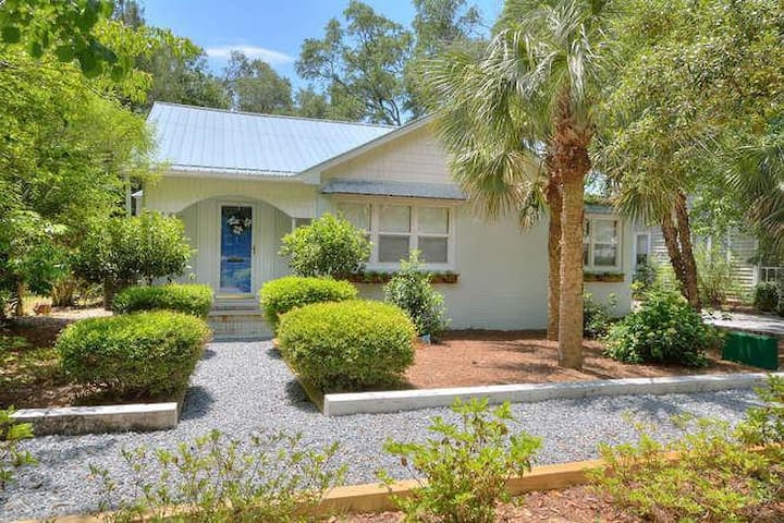 411 W. West Street-Charming Southport Home