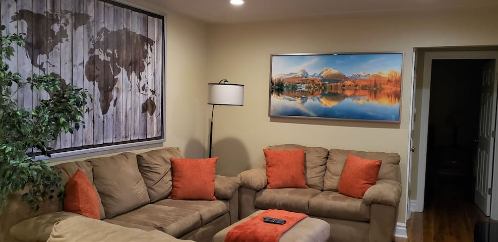 Centrally Located/Family-friendly/Luxury/Near DT