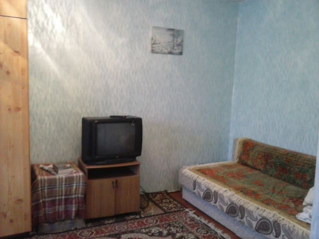 Недорогая, уютная квартира! - Chaykovskiy - Apartment
