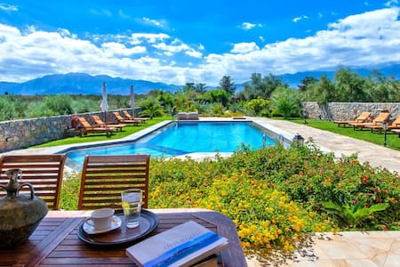 Luxury villa, private pool, Almyrida, Chania - Litsarda - Villa