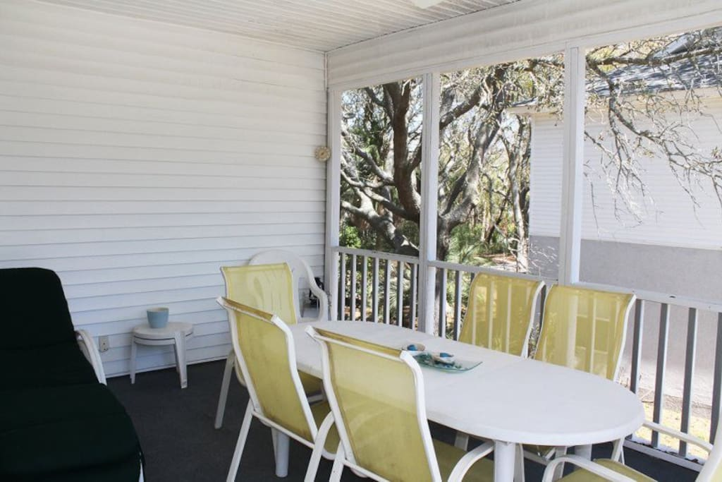 Have your coffee, cocktail, or a delicious meal on the screened balcony