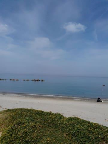 villetta a pochi passi dal mare - Rometta Marea