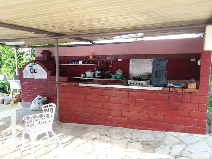 Casa en la playa segura, cerca de la Habana