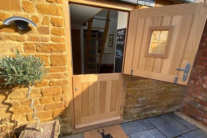 """Converted Barn in charming village -""""The Piggery"""""""