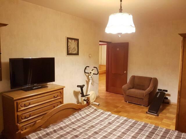 Three-room apartment near Spartak Arena