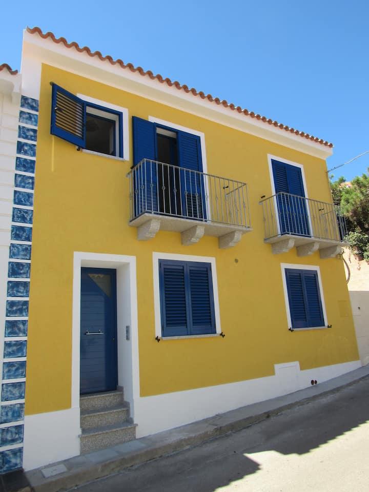 Charming apartment close to the sea  (EG)