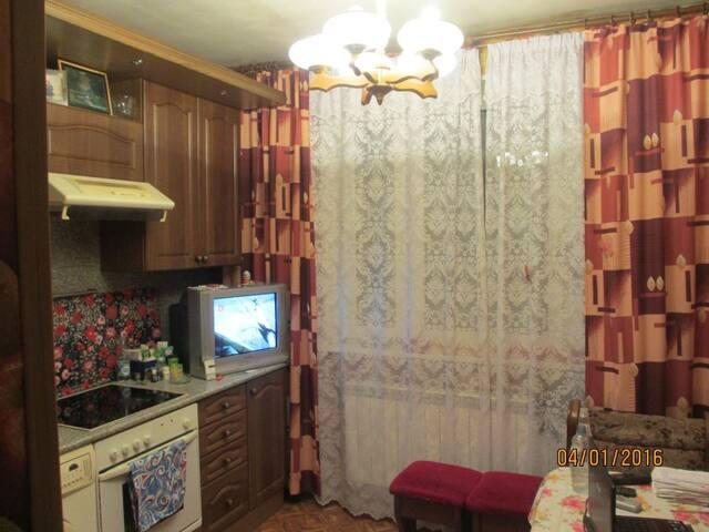private room.2 - Virginia Beach - Pis
