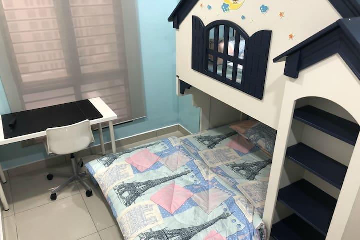 Bedroom No 2. Kids friendly