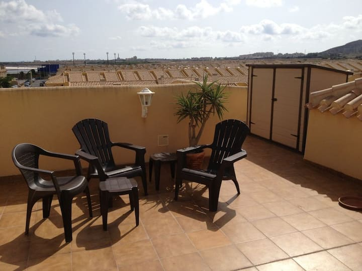 Immaculate Penthouse Apartment 100m from Mar Menor