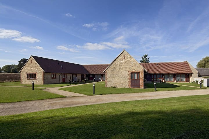 Manor Farm 1 - Yarnton Manor