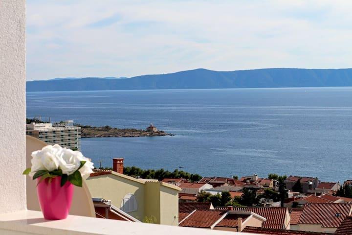 Brand new studio -sea view terrace! - Makarska - Apartamento