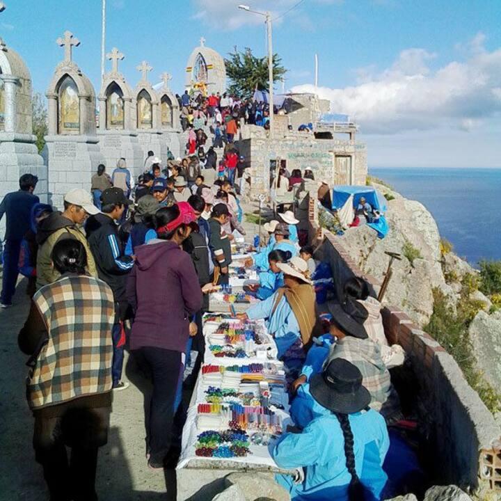 Hermosa Casa Cholet 8 huespedes Copacabana Bolivia