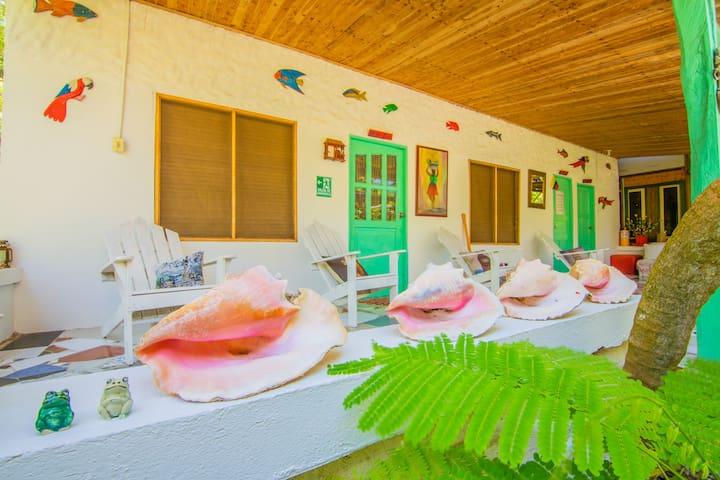 Dorm Isla grande casa Lolá Eco House (1) Pax.