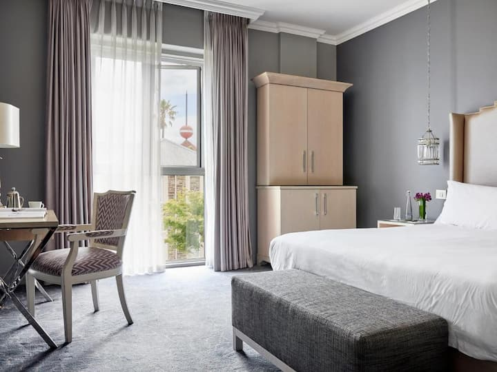 Royal Double Or Twin Deluxe At Cape Town