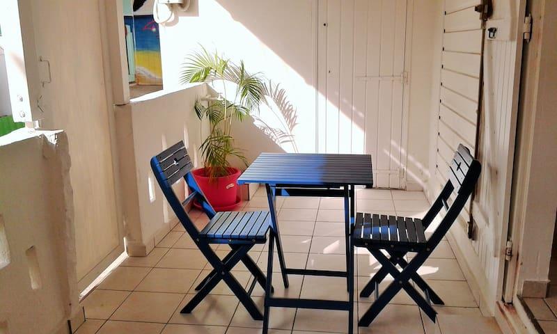 Jolie Maison créole au Gosier - Le Gosier - Casa