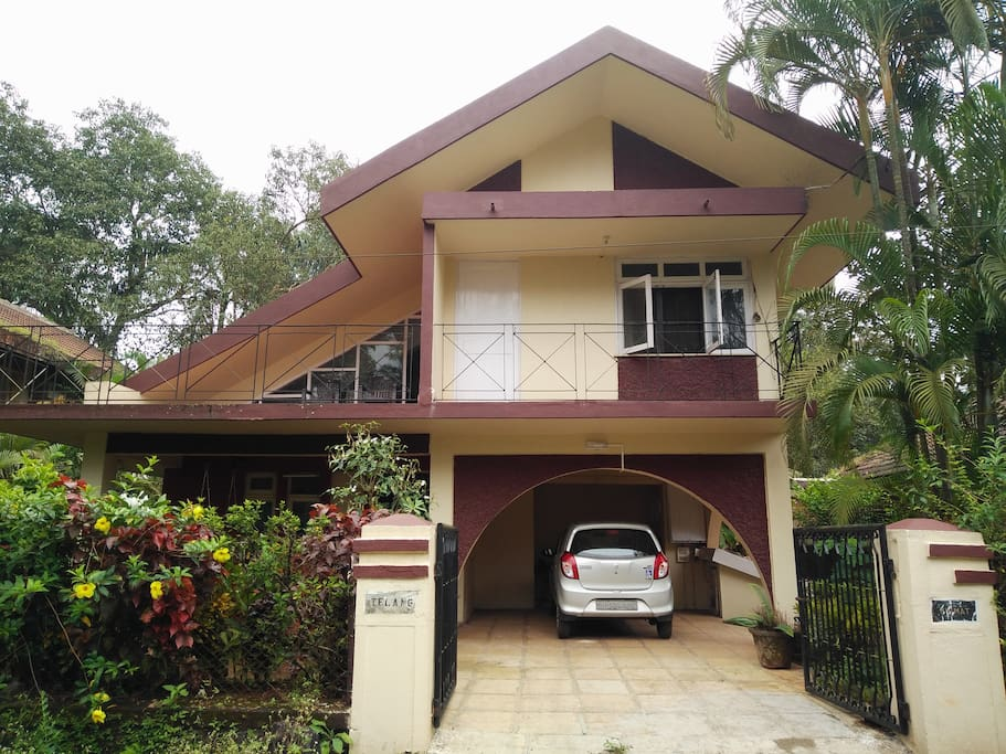 Front of the house with parking for 2 cars