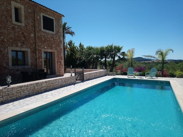 House rural with pool and wifi