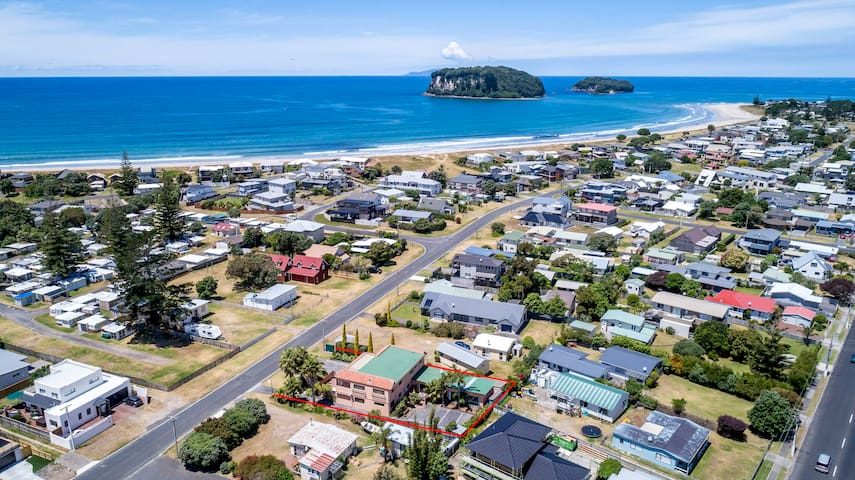 Large self-contained Family Unit - Whangamata