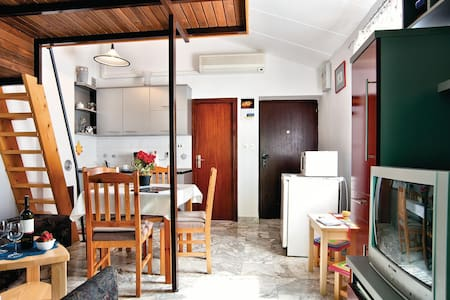 Holiday apartment with 1 bedroom on 50m² in Barbariga