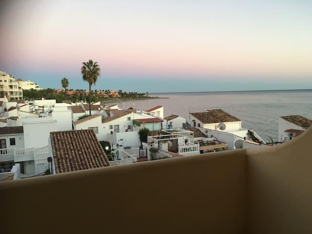 Casa Cachita Estepona - Preciosas vistas al mar!